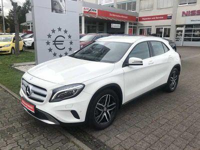 gebraucht Mercedes GLA220 CDI 4Matic 7G-DCT Urban*Xenon\/Navi*
