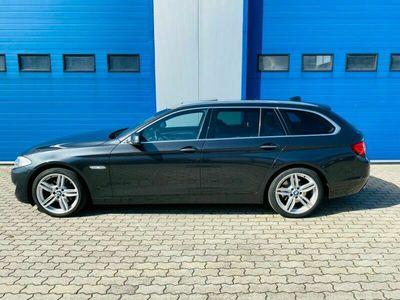 gebraucht BMW 520 Baureihe 5 Touring d Leder Navi M Paket als Kombi in Greven