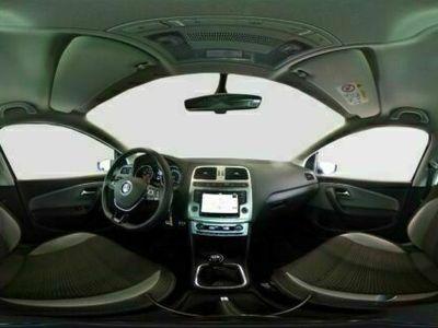 gebraucht VW Polo Cross BMT 8-fach bereift Temp Navi Freisprech PDCv+h SHZ Klima NSW MP3 CD Radio