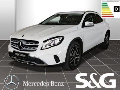 gebraucht Mercedes GLA220 4MATIC Urban Comand/Sidebag im Fond/LED