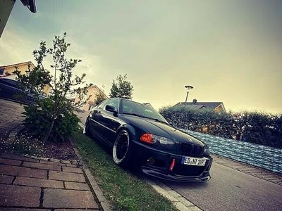 gebraucht BMW 328 i Comfort Edition als Sportwagen/Coupé in Taufkirchen Vils