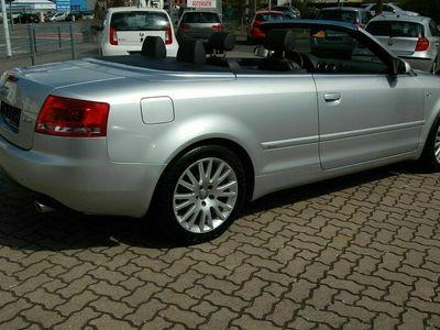 gebraucht Audi A4 Cabriolet 1.8 T .S-Line. Leder.Alu. Windschott