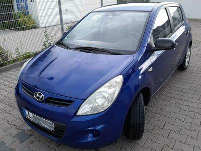 gebraucht Hyundai i20 1.2 Clas*Euro4*Klima*8x Kompletträder NEU!!*