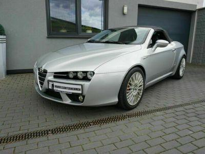"""gebraucht Alfa Romeo Spider 2.4 JTDM 20V """"Exclusive""""Bi-Xenon,PDC,Sitz"""