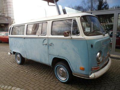 gebraucht VW T2 Luxusbus mit großem Schiebedach im Erstlack