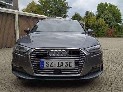 gebraucht Audi A3 e-tron S-Line,Daytona Grey,Service 15tkm, Alcanta