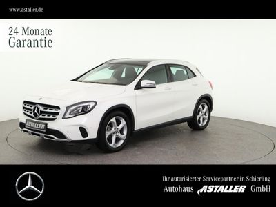 gebraucht Mercedes GLA180 Urban+Pano+LEDHi+DAB+18''+Busines+AHK+Na