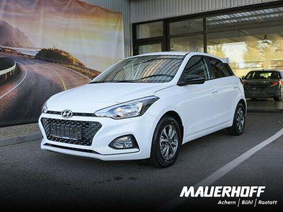 gebraucht Hyundai i20 YES!   Kamera   Bluetooth/Apple Car   DAB+ 