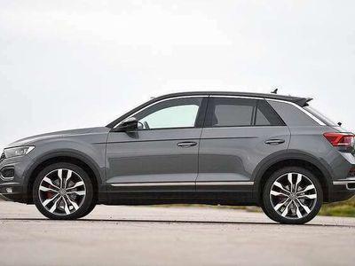 gebraucht VW T-Roc 1.0 TSI 110Ps Style Klima Alu Parksensor v+h +ACC