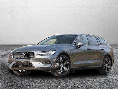 gebraucht Volvo V60 Recharge Inscription MJ 2021/PDC