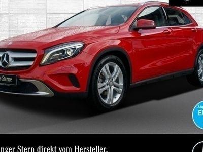 gebraucht Mercedes GLA180 Urban Xenon Navi Laderaump PTS Sitzh Temp