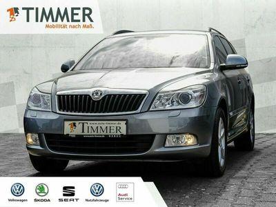 gebraucht Skoda Octavia 1.2 TSI Family Xenon Klimaauto Sitzhzg. Kombi (Grau), EZ 10.2012 46000 km, 77 kW (105 PS)
