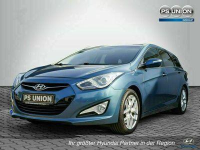 gebraucht Hyundai i40 cw blue Style bei Gebrachtwagen.expert