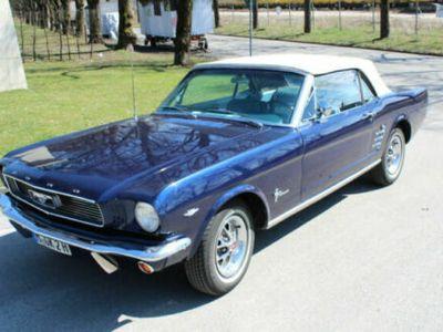 second-hand Ford Mustang Cabriolet 4.6l V8 - 1966