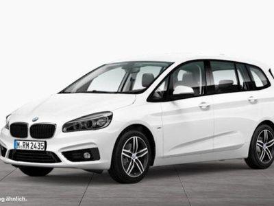 gebraucht BMW 218 d Sportline*Navi*Aut.*Parkassit*LED