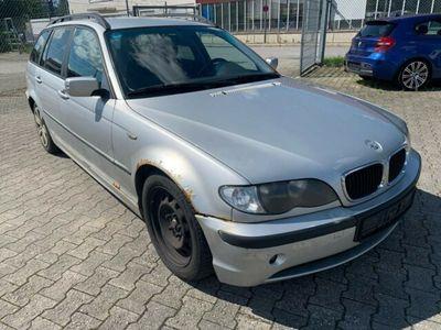 gebraucht BMW 320 D / Faclift