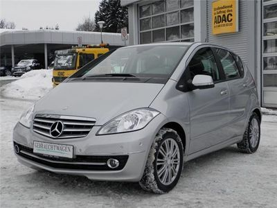 gebraucht Mercedes A180 CDI Elegance Navi/PTS/Sitzheizung/Tempomat