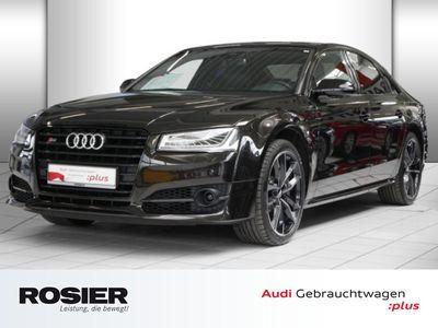 gebraucht Audi S8 plus 4.0 TFSI quattro 305km/h Keramik Abstand