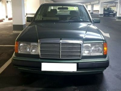 używany Mercedes 230 E,1 Hand,TÜV Neu,Automatik, Klima,Servo,ZV,