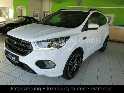 gebraucht Ford Kuga ST-Line/ 4x4 / AHK/NAVI/GUTER ZUSTAND