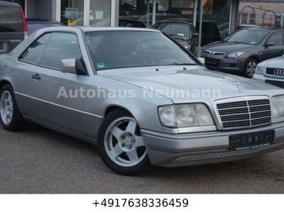 gebraucht Mercedes 220 CE-Schaltgetriebe-Klima-Alu-AHK-SHZ
