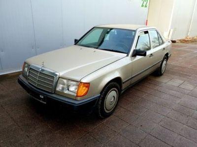 używany Mercedes 260 E/W124