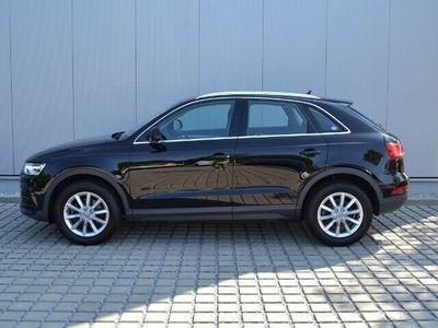 usado Audi Q3 1.4 TFSI S-tronic XENON/NAVI/APS/SHZ/CONNECTIVITY/CLIMATRONIC/17-ZOLL/GRA