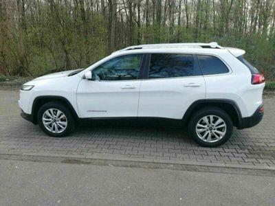gebraucht Jeep Cherokee Top Ausstattung! Unfallfrei! Euro6!