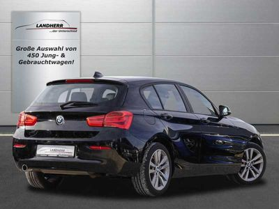 gebraucht BMW 118 i Automatik // LED/Navi/PDC/SHZ