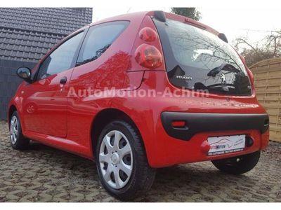 gebraucht Peugeot 107 70 Petit Filou*Tadelloser Zustand*