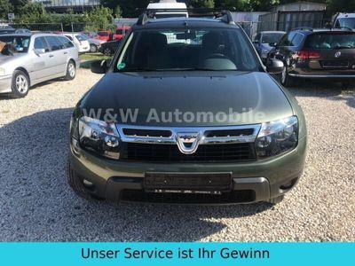 used Dacia Duster Laureate 4x4 AHK Scheckheftgepflegt Klima
