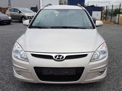 gebraucht Hyundai i30 1.6 CRDi Style Klimaanlage Alufelgen
