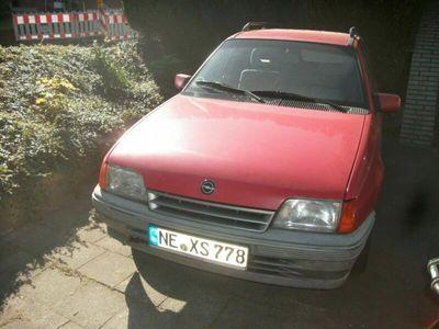 gebraucht Opel Kadett Caravan Club 1,6 l
