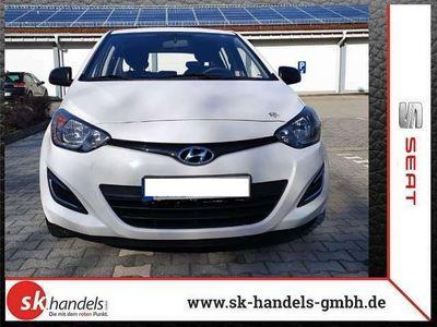 gebraucht Hyundai i20 1.25 Star Edition bei Gebrachtwagen.expert