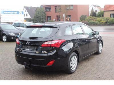 gebraucht Hyundai i30 1.4 CRDi * Anhängerkupplung * Klimaanlage