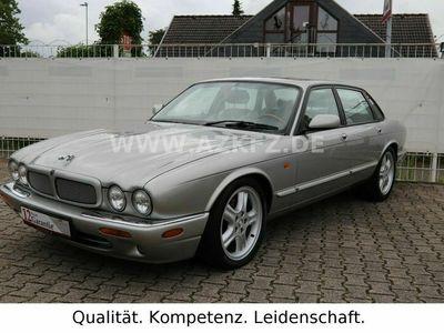 gebraucht Jaguar XJR 4.0 Silber/Grau 1.Hd!/67tkm!/Mwst. awb.!
