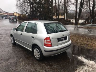gebraucht Skoda Fabia 1,4 Benzin km 68000