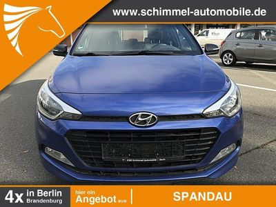 gebraucht Hyundai i20 1.2 M/T Sondermodell PASSION 84PS Klima