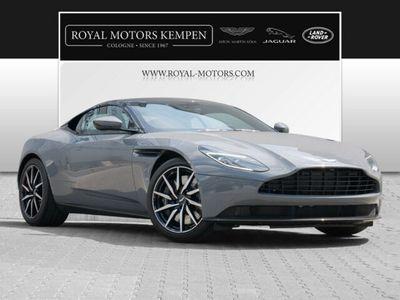 gebraucht Aston Martin DB11 Coupe V8 Carbon Pack