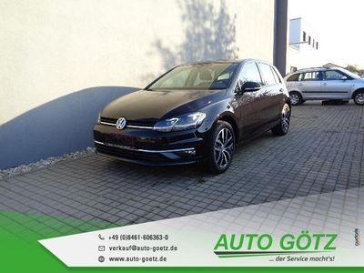 gebraucht VW Golf Highline Edition LED*Navi*ACC*Freispr.*Sitzheiz*PDC*vo+hi*Alu 17''Madrid*Climatronic*Tempomat*ZV-Funk*4xEFH*Ladeboden*Rückbank geteilt*Nebel