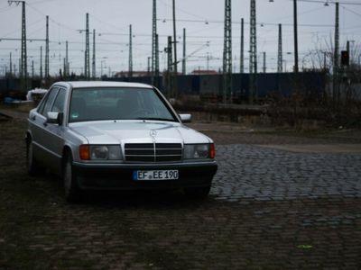 used Mercedes 190 2.0 - 8 Fach bereift, Wenig Rost!
