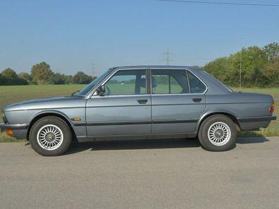 gebraucht BMW 518 als Limousine in königsbrunn