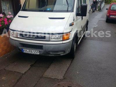 gebraucht Iveco Daily 35S11 LKW-6-Sitzpätze