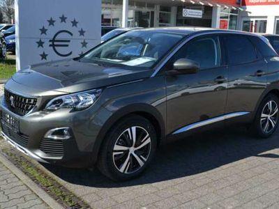 gebraucht Peugeot 3008 130 S&S GPF EAT8 Allure*Navi\/PDC\/SHZ*