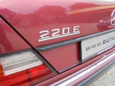 używany Mercedes 220 E**TÜV neu**