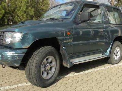 gebraucht Mitsubishi Pajero Classic 2,5 TD 3-Türig