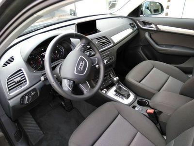 gebraucht Audi Q3 1.4 TFSI cylinder on demand 110 kW (150 PS) S tronic