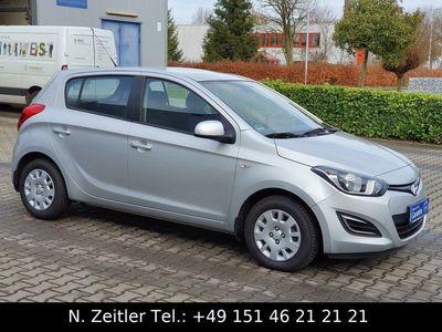 gebraucht Hyundai i20 1.1 CRDi blue Garantie* Klima* EURO 5* TOP**