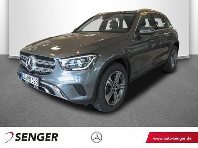 gebraucht Mercedes GLC300 4M Panorama High-End-Navi LED AHK 360K.