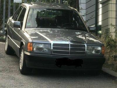 gebraucht Mercedes 190 2,3!!!!!!!Mercedes
